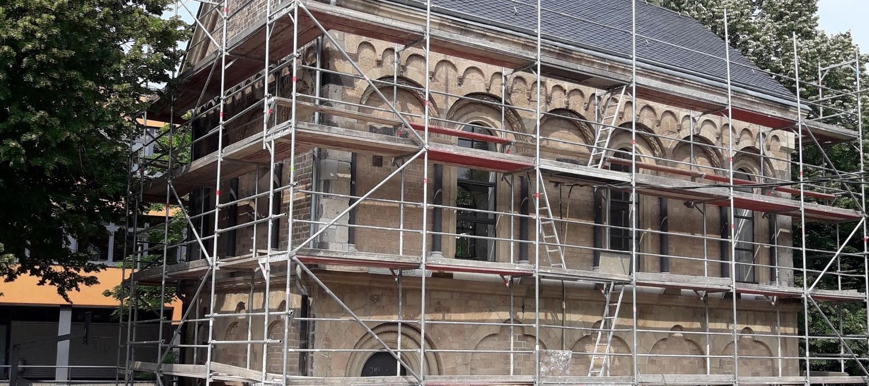 Kirchenfenster Kirche Glaserei Glasmalerei Fenster Sanierung